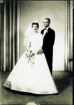 Clarence Uhlmann and Colleen Ward's wedding portrait.
